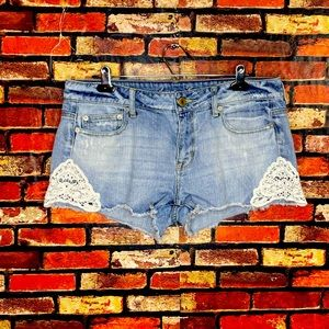 Size 10 American Eagle Stretch Lace Jean Shorts